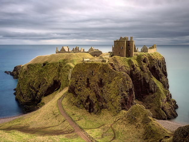 Sunlight, conglomerate sandstone, passing clouds... and Dunnottar Castle.