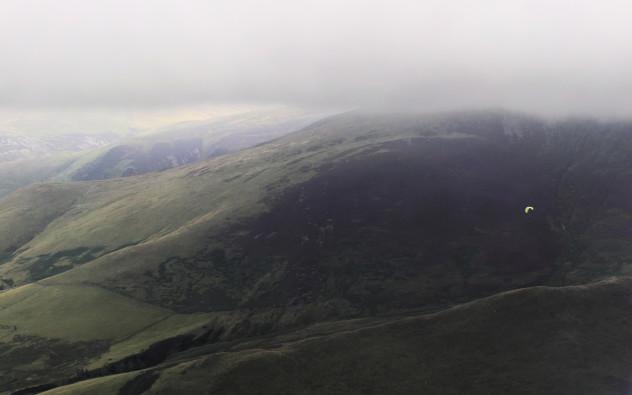 Flying: paraglider