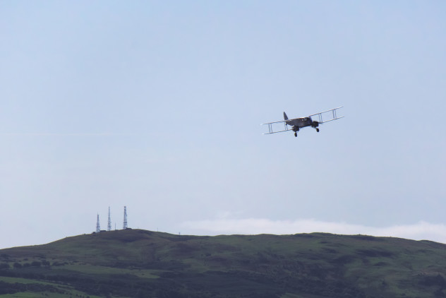 """DH.84 Dragon """"Iolar"""" and the three transmitter masts outside Ayr"""