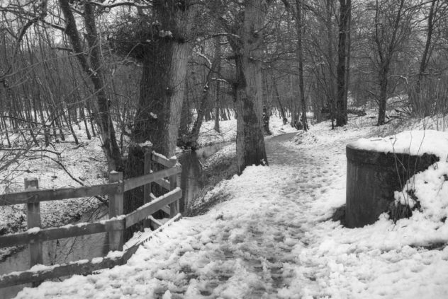 A nice stroll by the side of the Ruthven Water, covered in the first real snow of winter