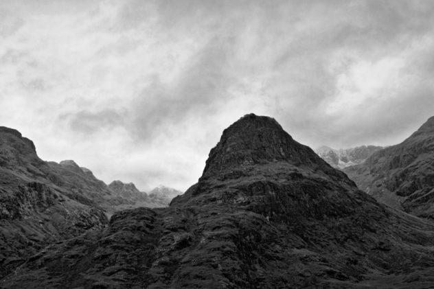 Lots of nice clouds and mist flowing around the Three Sisters, Glencoe