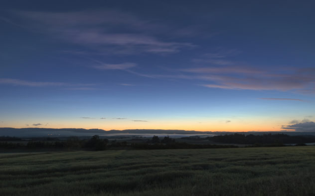The characteristic ice-cool pale wisps of noctilucent clouds in the distance (at 80km, their altitude far exceeds any other normal cloud up to 12km). As I watched a low-lying cloud of mist formed over Strathearn and made its way west over Crieff.